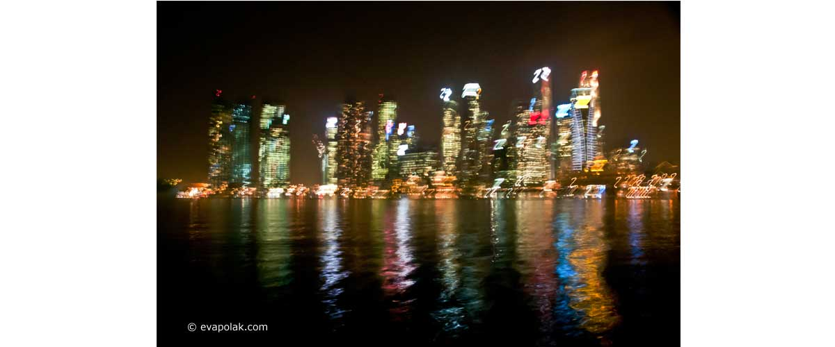 Impressionist vision of Singapure at night