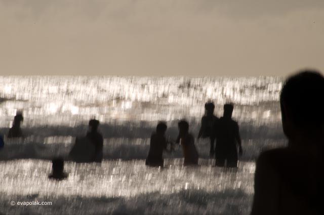 beach scene by Eva Polak
