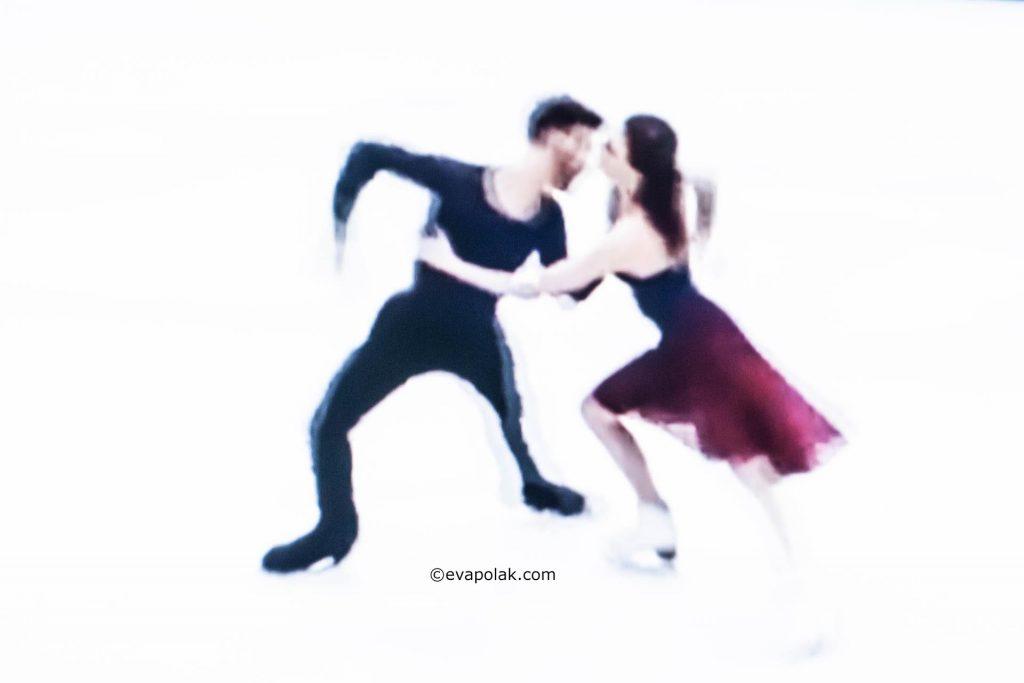 Dance on Ice by Eva Polak